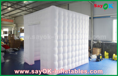 Chiny Malowanie nadmuchiwane Photo Booth Tent 2.5m Full White Oxford Inflatable Cube dostawca